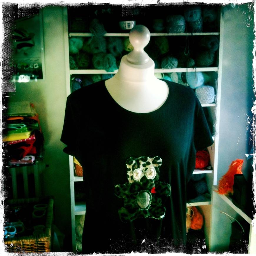 Tee-shirt motif appliqué léopard